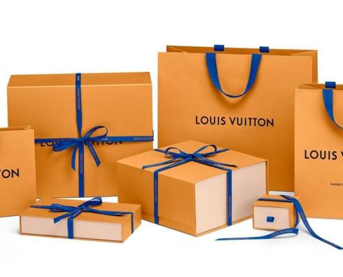 Come si evolve l'industria della moda, dalla produzione, al packaging al riciclo dei tessuti